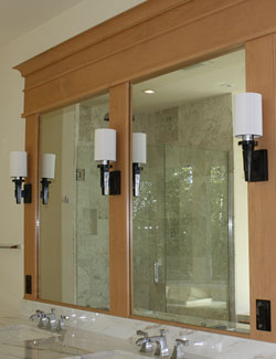 Mirrored Walls Vanity Glass